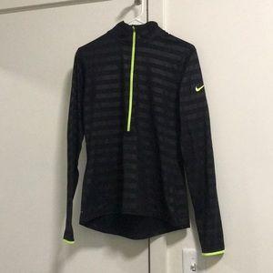 Nike half-zip